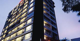 فورما إكسكلوسيف ساثورن، بانكوك - بانكوك - مبنى