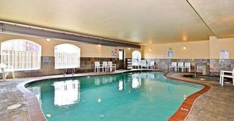 Rivertide Suites Hotel - Seaside - Bể bơi