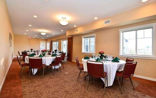 Rivertide Suites - Seaside - Banquet hall