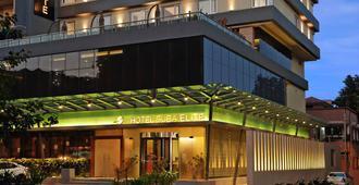 Hotel Suba Elite - ואדודרה