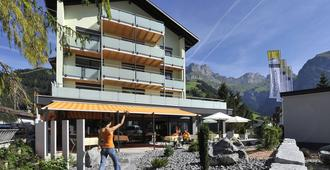 Hotel Hahnenblick - Engelberg - Edifício