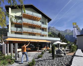 Hotel Hahnenblick - Engelberg - Building