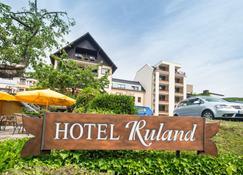 Hotel-Restaurant Ruland - Altenahr - Edificio