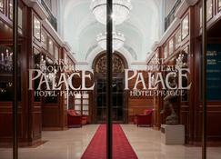 Art Nouveau Palace Hotel - Prague - Hotel Entrance