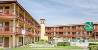 Quality Inn San Bernardino - San Bernardino