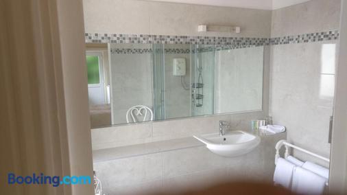 Rocklands House Bed And Breakfast - Kinsale - Bathroom