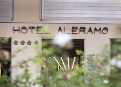 Hotel Aleramo - Asti - Vista del exterior