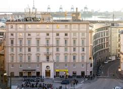 B&B Hotel Genova - Genoa - Building