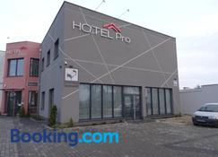 Pro Bed & Breakfast - Osielsko - Building