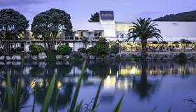 Trailways Hotel Nelson - Nelson (Nova Zelândia) - Vista externa