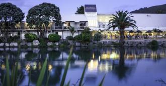 Trailways Hotel Nelson - Nelson - Näkymät ulkona