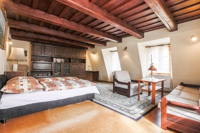 Pension Dientzenhofer - Prague - Bedroom