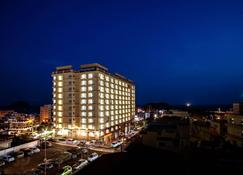 Ocean Palace Hotel - Seogwipo - Building