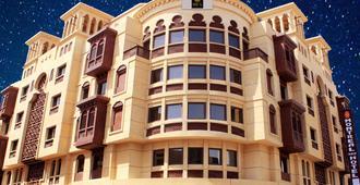 Montreal Naif Hotel - Dubai - Bygning