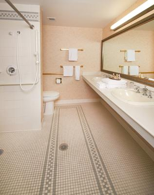 The Nittany Lion Inn - State College - Bathroom