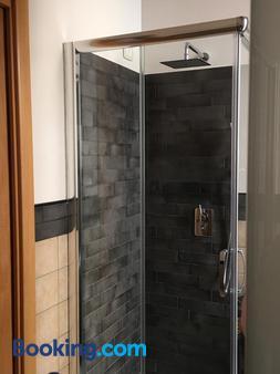 B&B Suites Trastevere - Rome - Phòng tắm