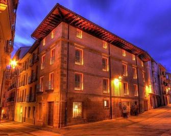 Hospederia Chapitel - Estella - Edificio