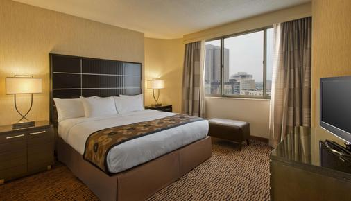 DoubleTree Suites by Hilton Minneapolis - Minneapolis - Bedroom