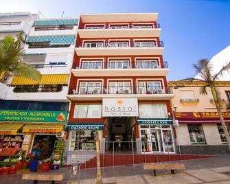 Hostal Sol y Miel - Benalmádena - Building