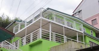 Asistin Transient House - Baguio - Edificio