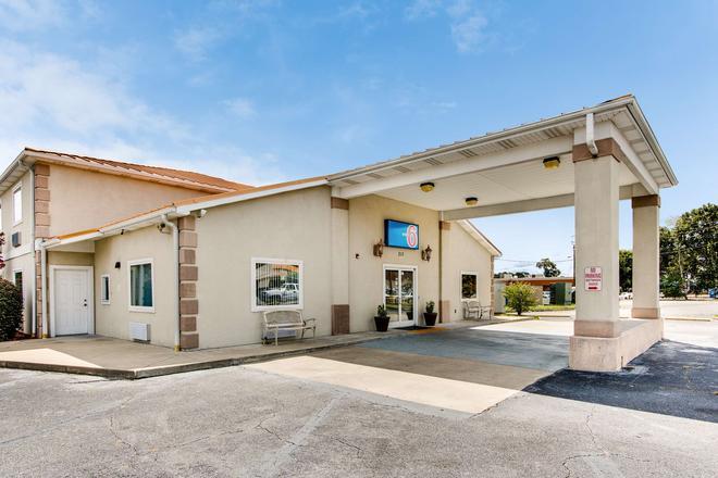 Motel 6 Hinesville - Ga - Hinesville - Building