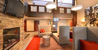 Radisson Hotel Madison - Madison - Lounge