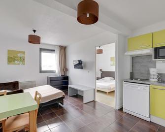 All Suites Appart hotel Bordeaux Lac - Bordeaux - Schlafzimmer
