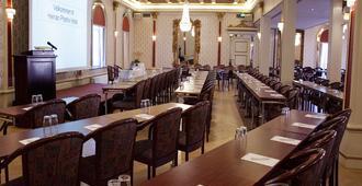Helnan Phønix Hotel - Aalborg - Restaurant