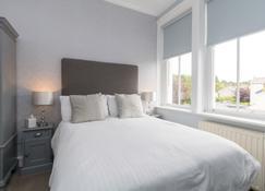 Lakeland House - Coniston - Bedroom