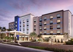 Fairfield Inn & Suites by Marriott Wellington-West Palm Beach - Wellington - Edificio