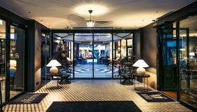 Hotel F6 - Helsínquia - Hall