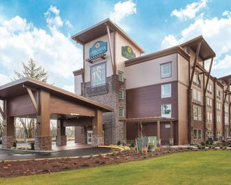 La Quinta Inn & Suites by Wyndham Tumwater - Olympia - Tumwater - Building