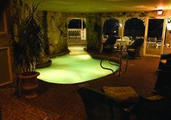 Boardwalk Plaza Hotel - Rehoboth Beach - Pool