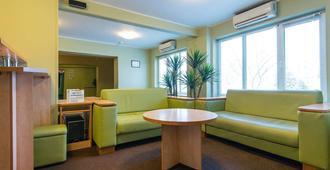 Zvezda Hotel - Minsk - Lobby