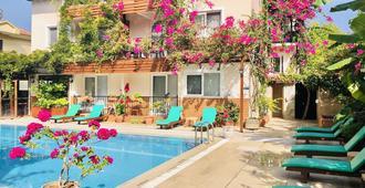 Ten Apart Hotel - Fethiye - Piscine