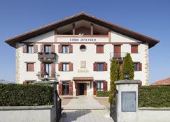 Xabin Etxea - Basque Stay - Getaria - Building