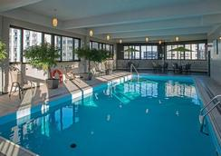 L'appartement Hotel - Montreal - Pool