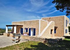 Siamo Valentina - Sant Francesc de Formentera - Byggnad