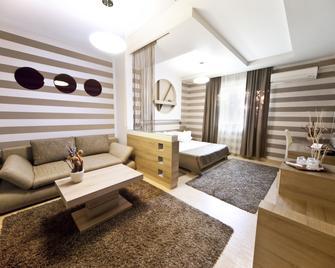 Hotel Confort - Cluj - Sala de estar