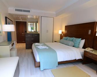 The BodyHoliday - Cap Estate - Bedroom