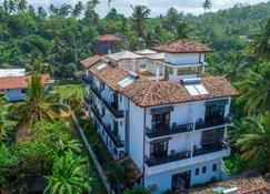 Villa Tissa Beach Resort - Weligama - Bina