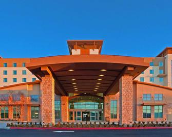Embassy Suites Palmdale - Palmdale - Building