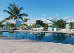 Mermaid Reef Villa #2 by Living Easy Abaco - Marsh Harbour - Pool