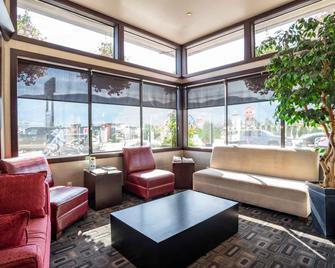 Sandman Hotel Castlegar - Castlegar - Lounge