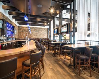 Acclaim Hotel Calgary Airport - Calgary - Restaurante