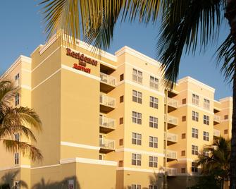 Residence Inn by Marriott Fort Myers Sanibel - Форт-Маєрс - Building