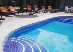Hotel Plaza Palmas - Tuxpan - Pool