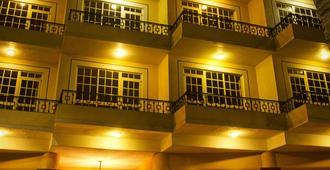 ベストウェスタン ホテル ポサダ フリーマン - マサトラン