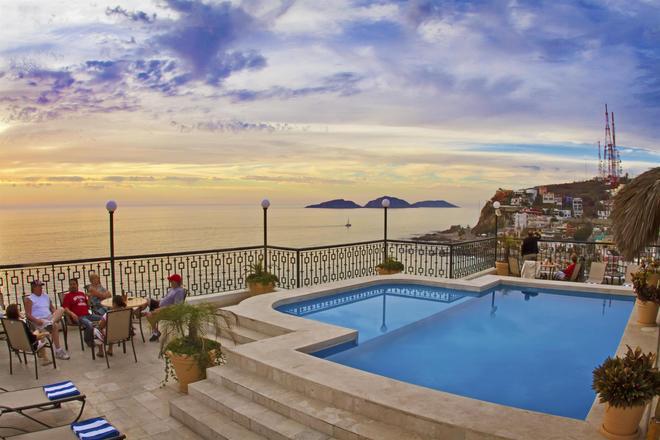 波薩達弗里曼貝斯特韋斯特酒店 - 馬薩特蘭 - Mazatlan/馬薩特蘭 - 游泳池