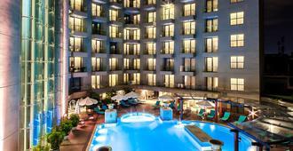 艾米酒店 - 河內 - 河內 - 游泳池